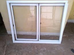 ventanas corredizas, fachadas y puertas de baño