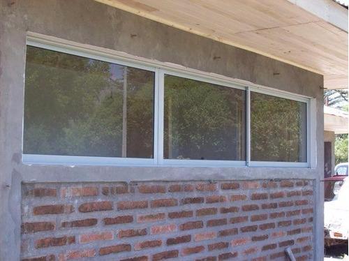 ventanas panorámicas, puertas de baño