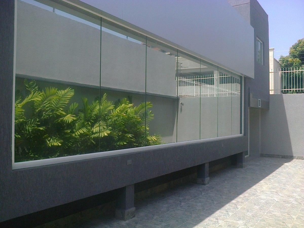 Ventanas panor micas puertas de ba o aluminio vidrios for Perchero para puerta de bano