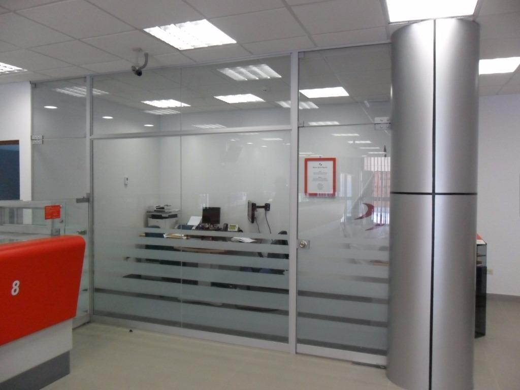 Ventanas puertas mamparas de vidrio y aluminio s 1 00 for Mamparas de vidrio para oficinas