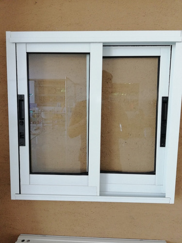 ventanas, purertas, fachadas comerciales