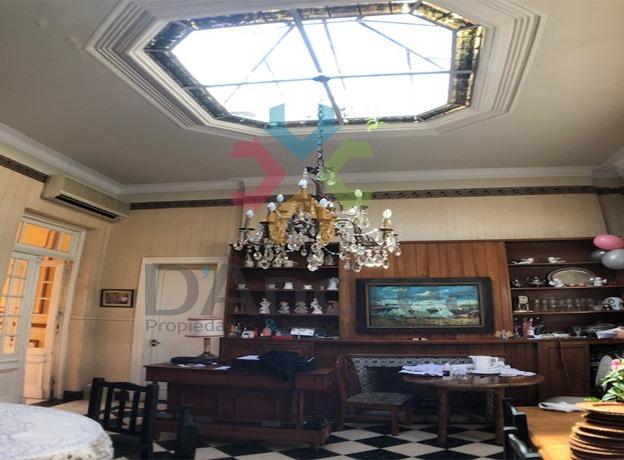 venta/oportunidad casa antigua en pleno centro de mercedes b