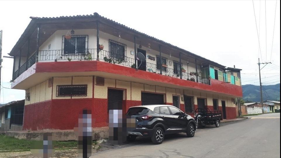 venta/permuta casa 2 pisos x inmueble + precio en medellín