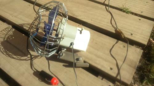 ventilador para vehiculo 12v.17cm diam oscilante o fijo