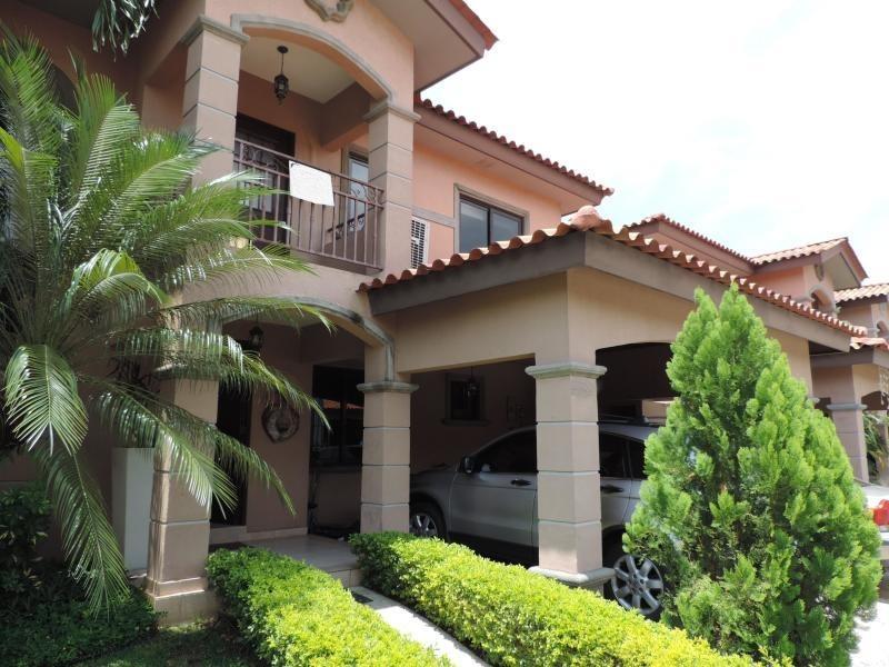 versalles preciosa casa en venta panamá