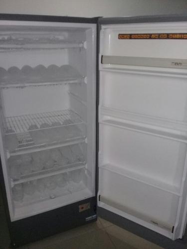 vertical mabe congelador