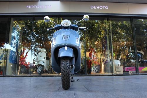 vespa 300 gts gris scooter motoplex devoto no sym no kymco