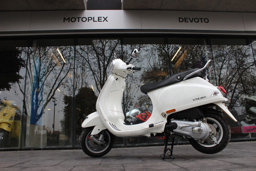 vespa blanca vxl 150 0km motoplex devoto