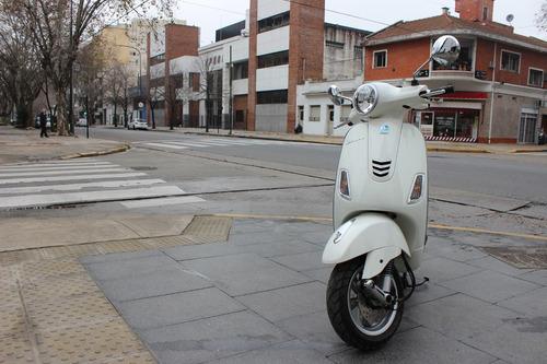 vespa blanca vxl 150 motoplex devoto