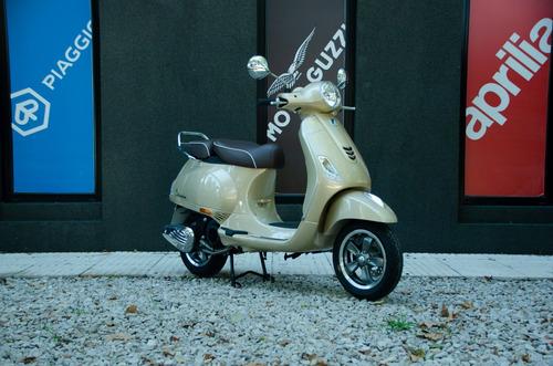 vespa elegante vxl 150 beige - motoplex san isidro