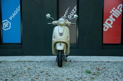 vespa elegante vxl 150 beige - pagá en pesos