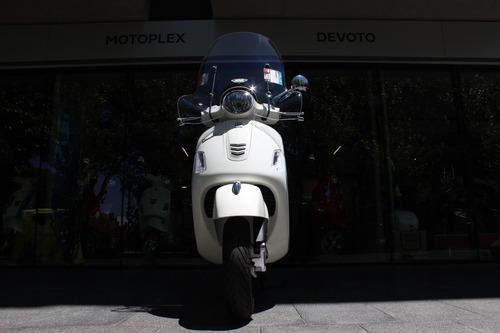 vespa gts super 300 blanca - motoplex devoto 0km