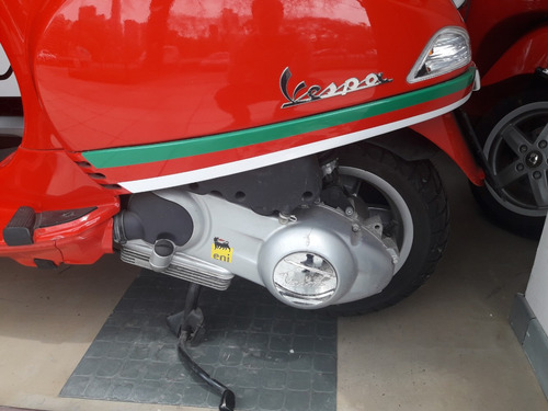 vespa lx150 i.e.  0km italiana  - parabrisas - portaequipaje