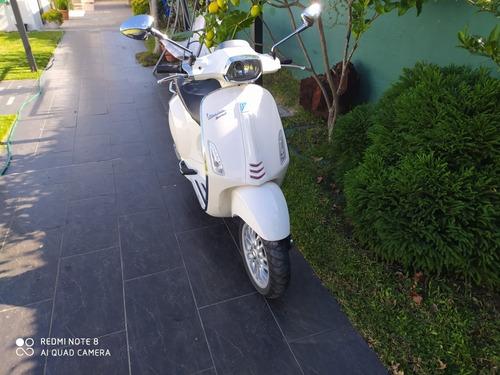 vespa piaggio sprint 125 cc italiana