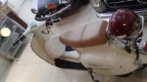vespa scooter retro ano 2012
