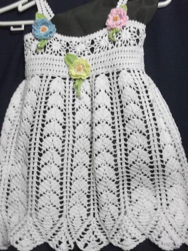 vestidito de hilo mercerizado para bebe tejidos a mano