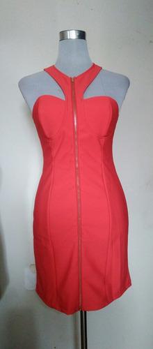 vestido ajustado corto rojo