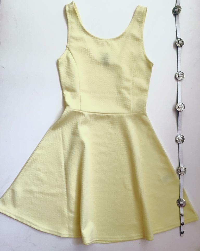1d3efd1f2d4 vestido amarillo claro importado talle xs. Cargando zoom.
