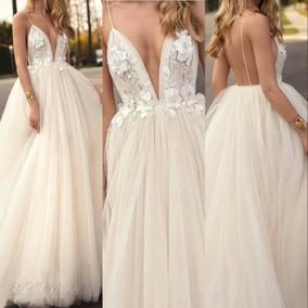 Vestidos de novia en la playa civil