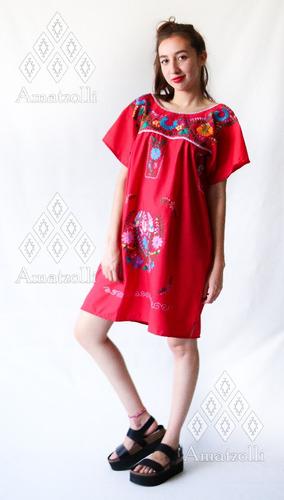 vestido artesanal mexicano con flores margaritas bordadas