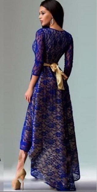 Color azul electrico en vestido