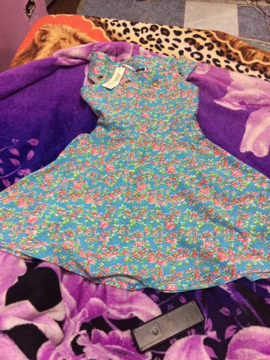 Vestido azul florido curto