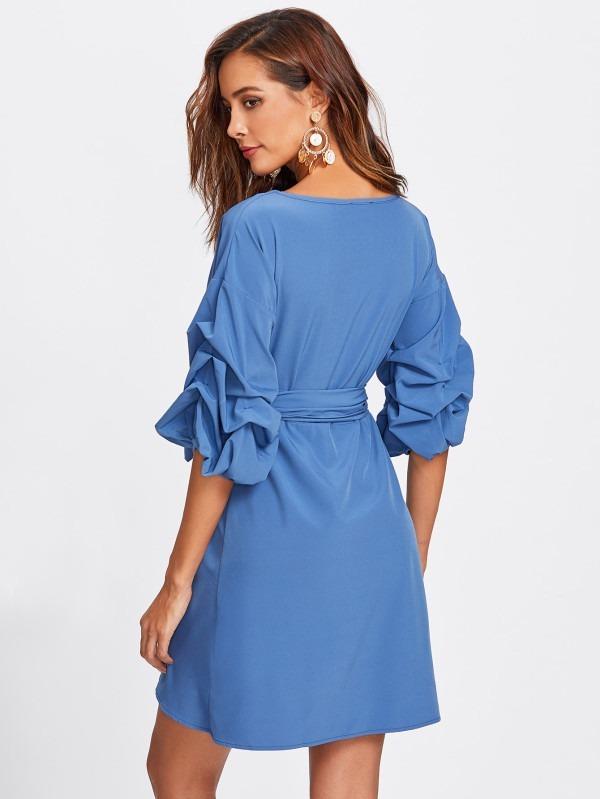 Vestido azul cruzado