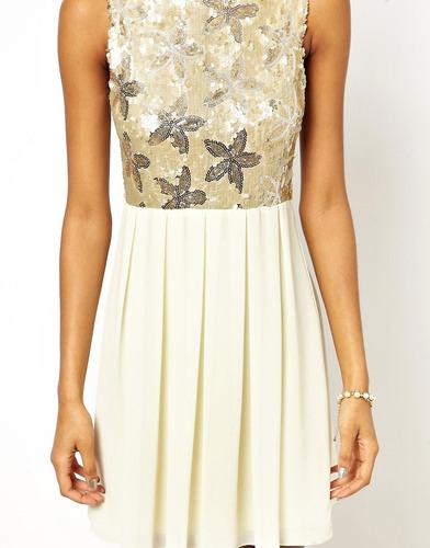 vestido babydoll de flores con lentejuelas de tfnc london