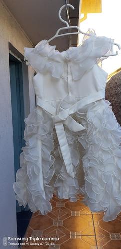 vestido blanco en perfecto  estado