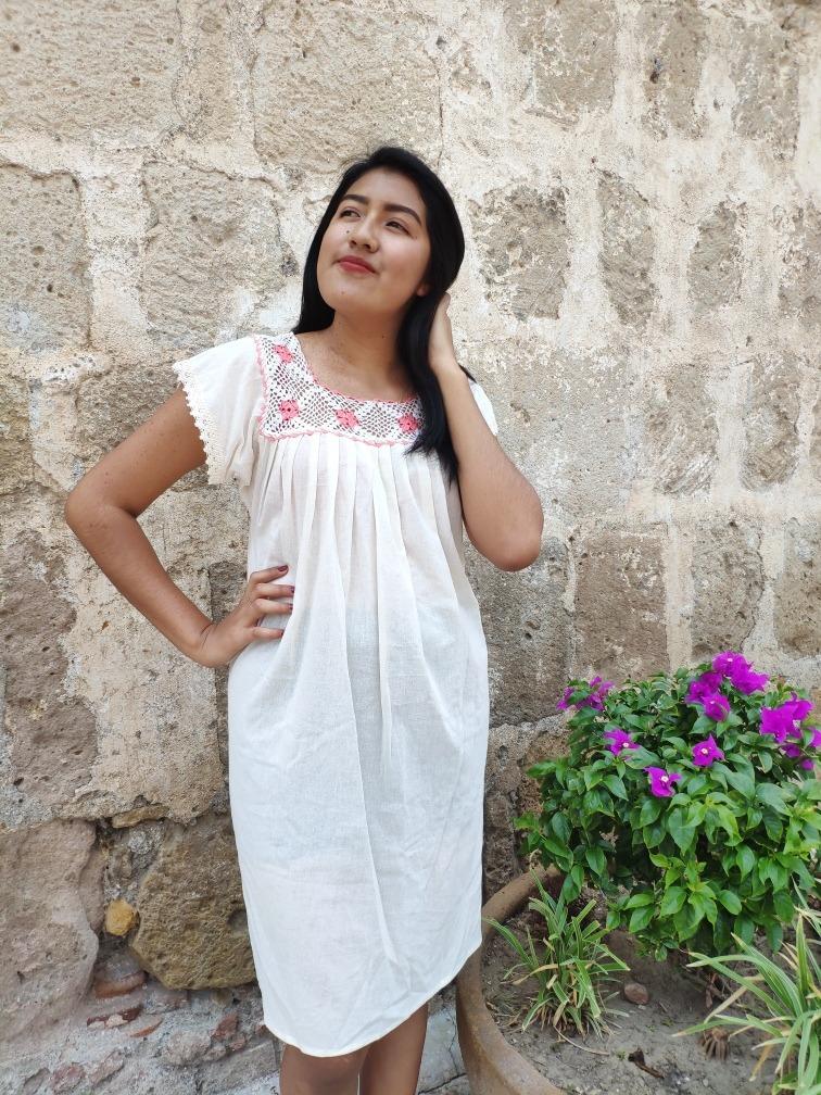 Vestido Bordado A Mano Tipico De Oaxaca