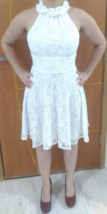 585cd3656e vestido branco rendado promoção. Carregando zoom.