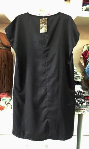 vestido cetim divine frente estampa london com cinto preto
