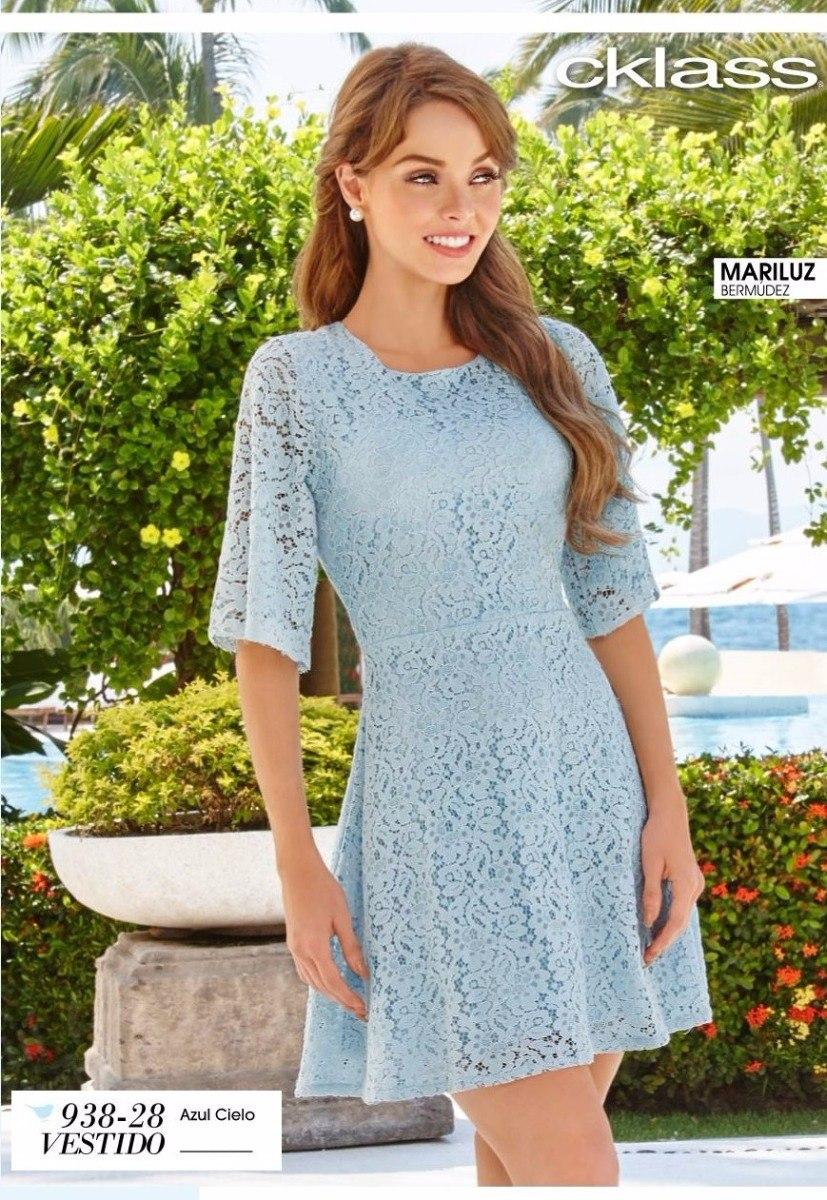 Vestido azul cielo encaje