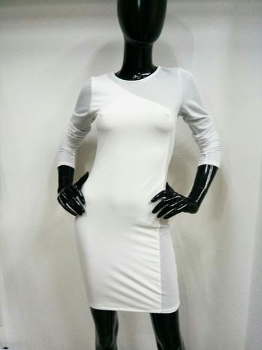 vestido color blanco con red