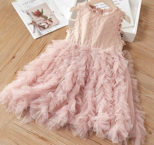vestido color palo de rosa, con tul de ocasiones especiales