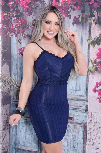 vestido com bordado na cintura com tela e zíper nas costas