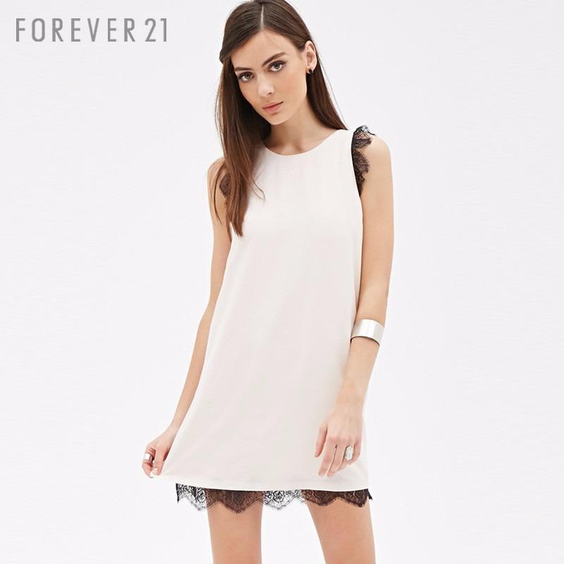 226c57feb07 vestido com detalhe em renda forever 21 cor branco. Carregando zoom.