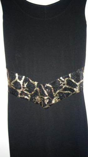 vestido corto de lycra y lentejuelas.