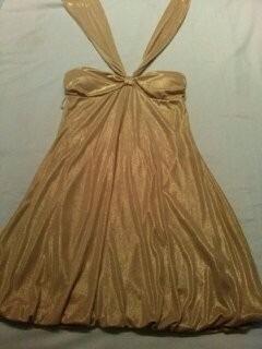 vestido corto dorado coctel o fiesta