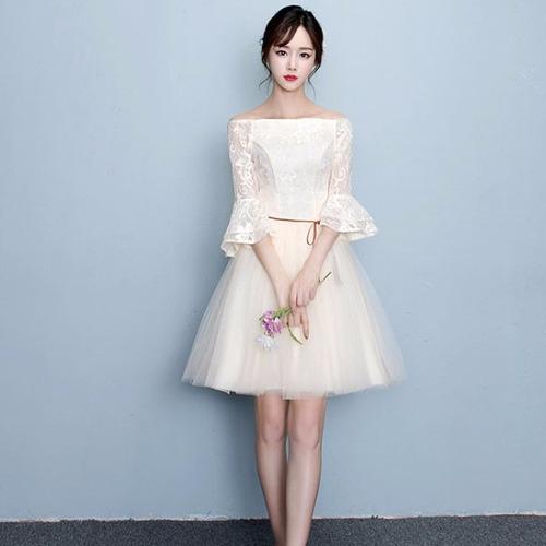 vestido corto escote hombros sexy manga campana encaje moda