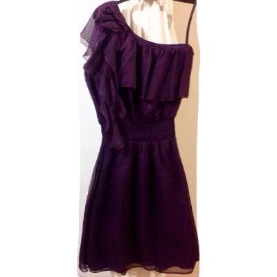 Vestidos cortos de fiesta color uva