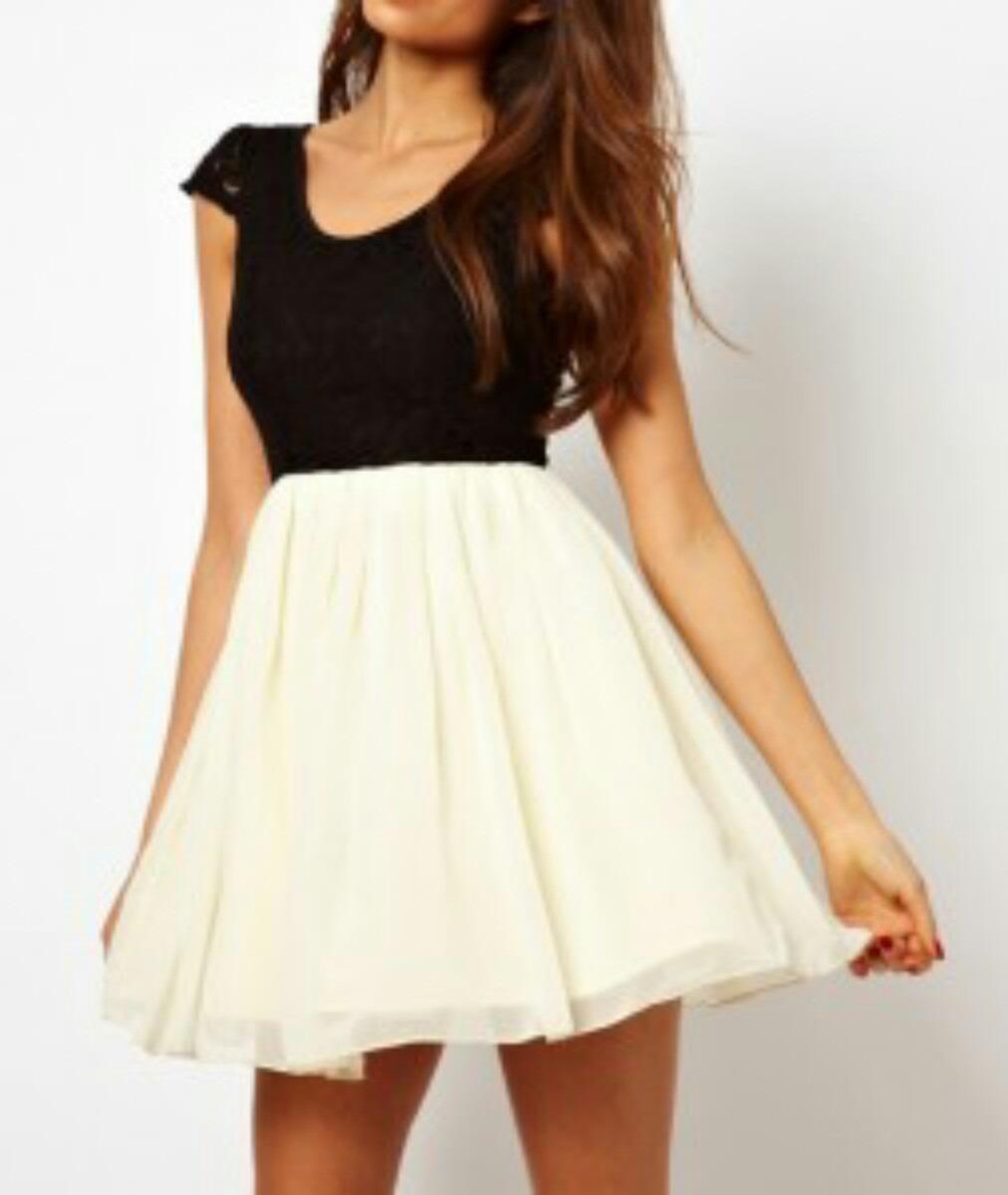 Vestidos de blanco y negro cortos