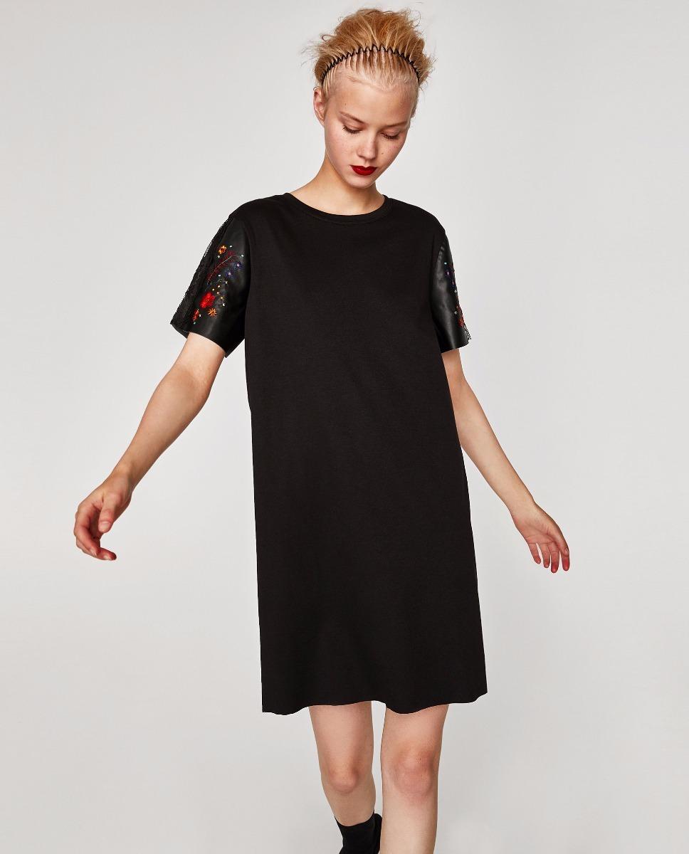 7b7517ebc7 vestido corto negro mangas eco cuero bordado flores zara. Cargando zoom.