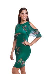 c90af75399 Vestido Corto Verde Con Flores Manga Con Hombro Descubierto