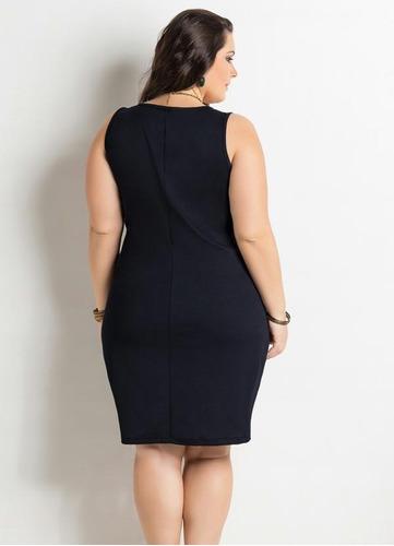 vestido curto bicolor plus size preto e branco modelo reto