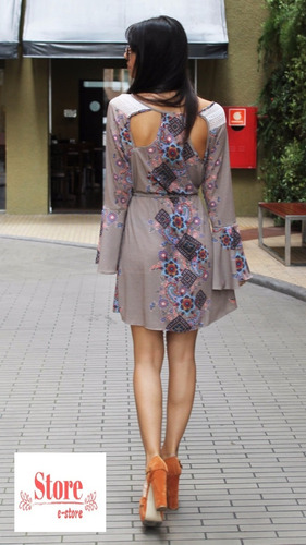 vestido curto manga longa