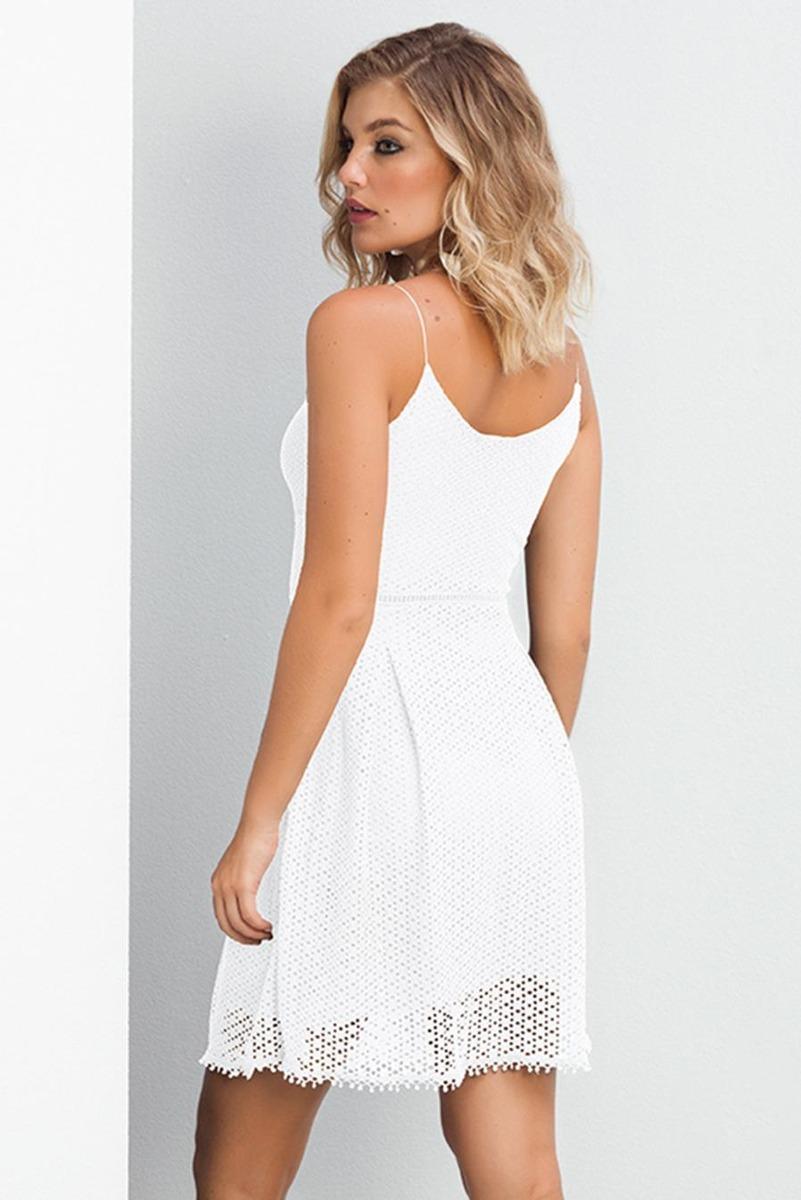 3f8eb85ebe vestido curto rendado plissado alças finas - cor branco. Carregando zoom.