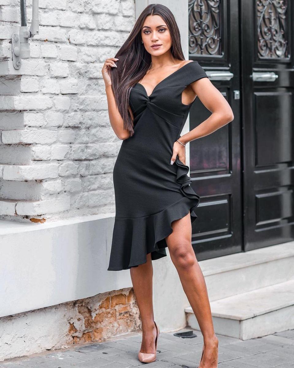 86dfe5c02e vestido curto saia plissado com babados decote coração. Carregando zoom.