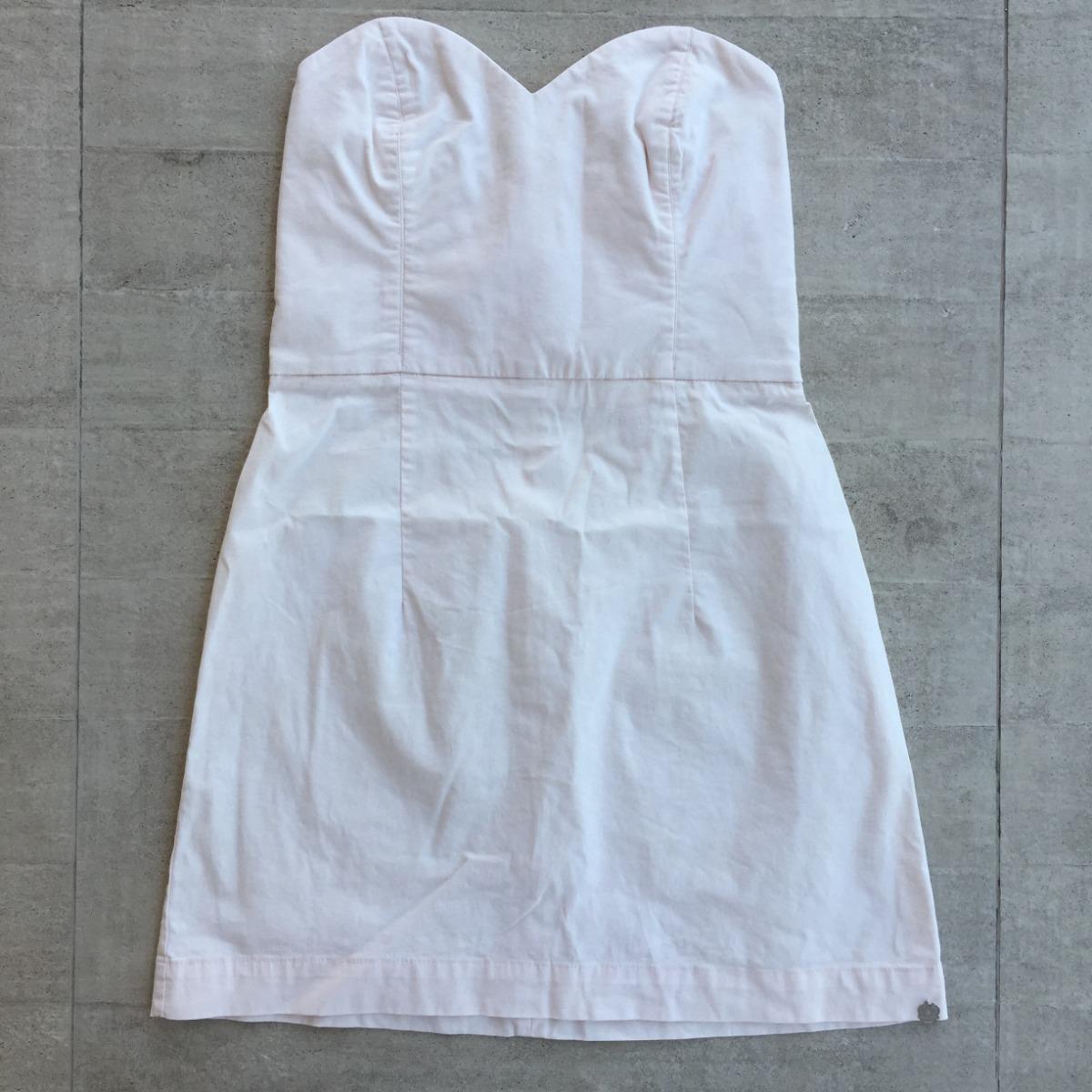 9dc707af85 vestido curto tomara que caia decote coração nude farm. Carregando zoom.