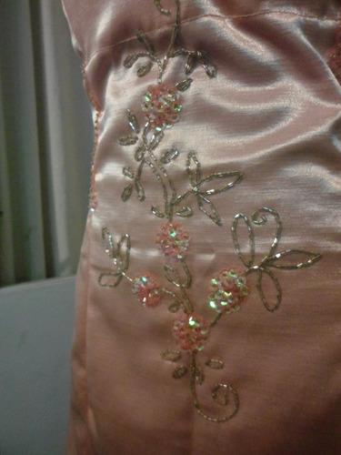 vestido de 15 años con faldas desmontables bordado a mano
